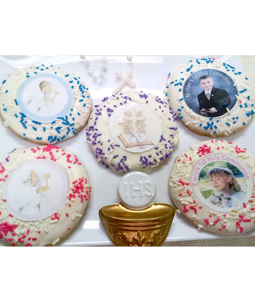 Round Communion Favors