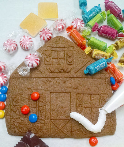 Gingerbread House Front Decorating Kit