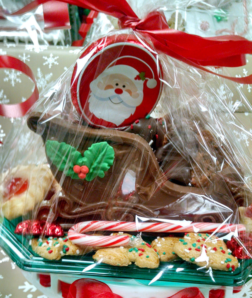 Chocolate Sleigh filled with Cookies