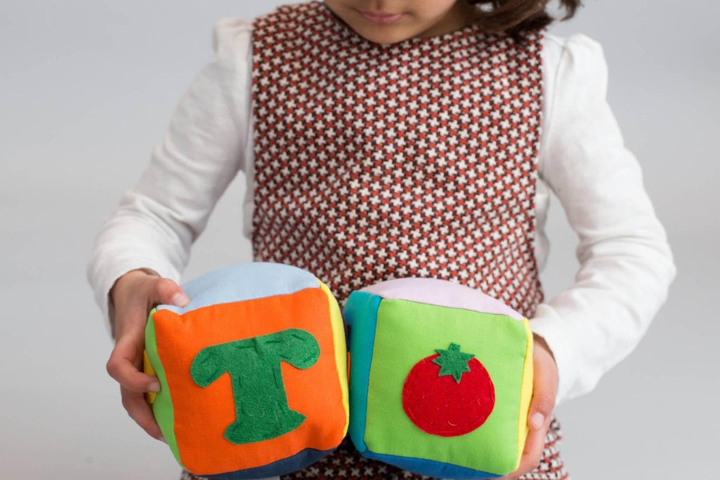 "Zeki Learning featured on EcoParent: ""Plastic-Free Holiday Gifts for Young Kids"" - Zeki Learning"