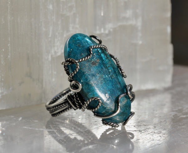 Blue Apatite Long Oval Ring