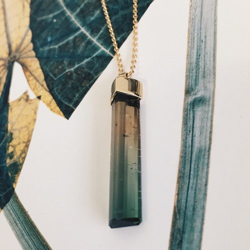 18ct yellow gold and tourmaline crystal necklace