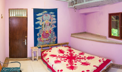 Single bed - 1 month - Large shared 3 bed room - Bali Flow Temple - Artist Residency Booking