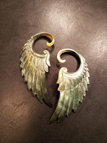 Angel Wing Gauged Earrings - Dark Mother of Pearl - 8g/3mm