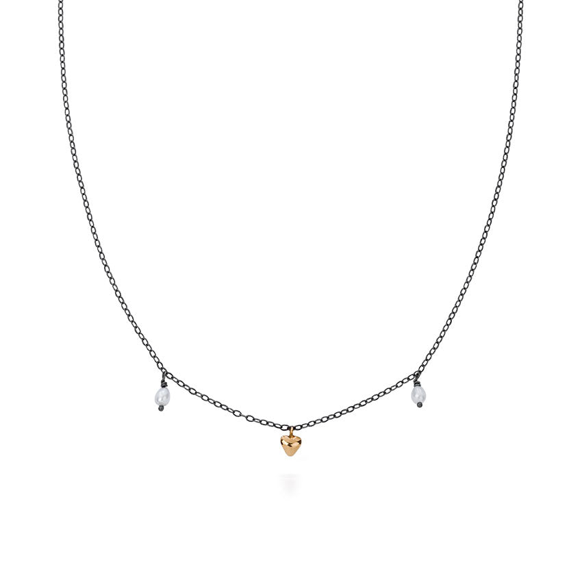 Milagros - necklace - small gold heart with pearls
