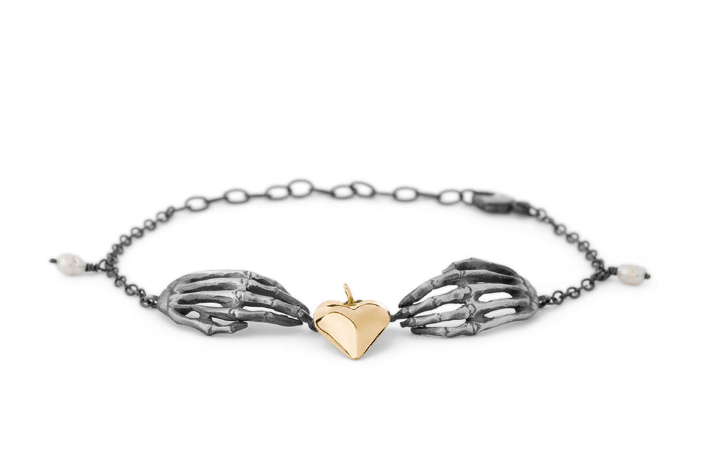 Milagros - bracelet - silver hands and gold heart