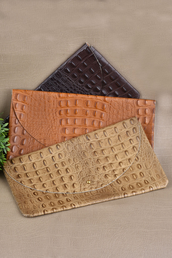 The Perfect Croco Clutch