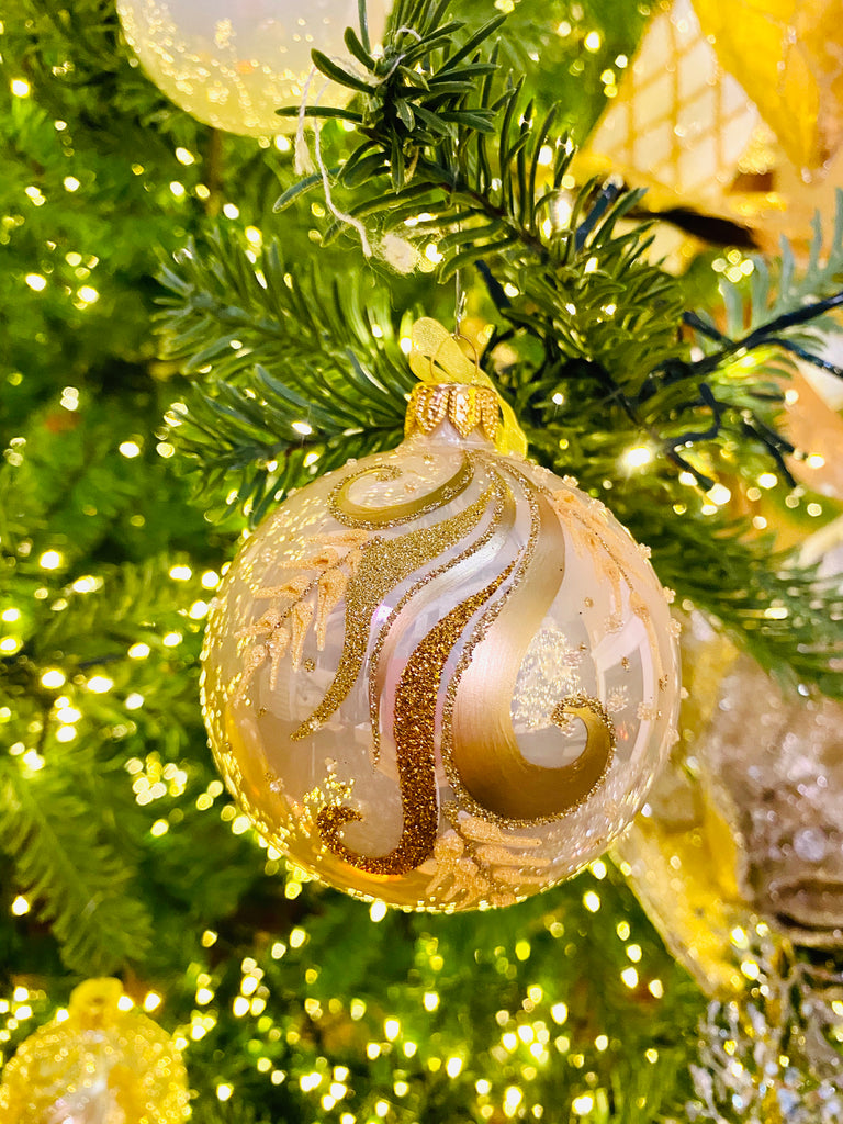 Luxurious Gold Swirl European Glass Ornaments