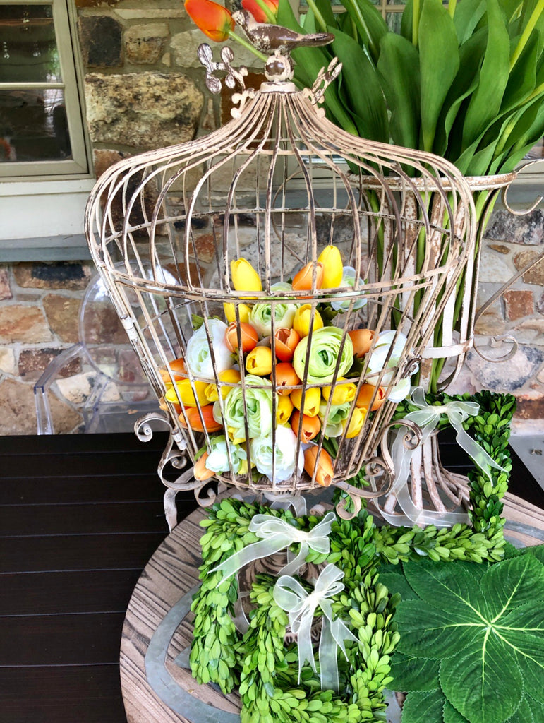 Grand Wire Metal Birdcage on Pedestal w/ Bird on Top