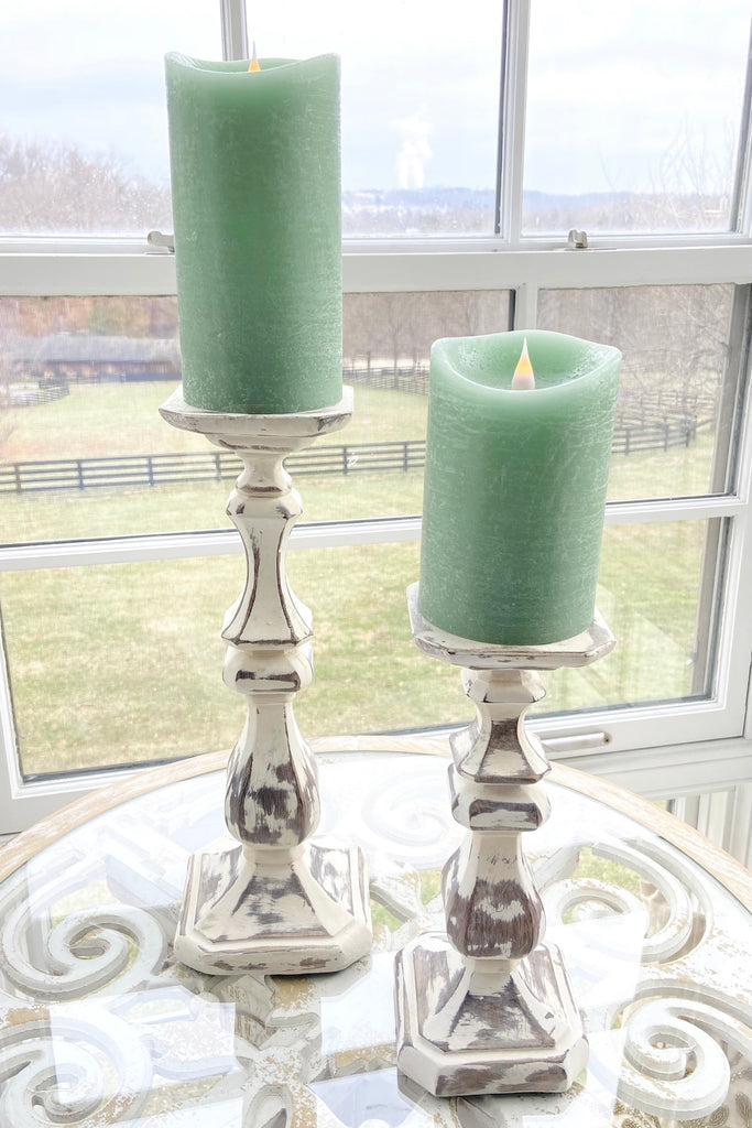 Set of 2 Candleholders
