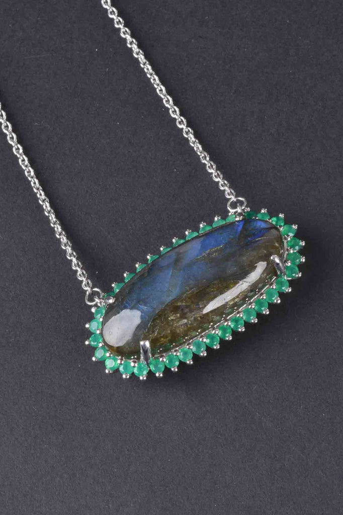 Oval Labradorite and Green Onyx Necklace