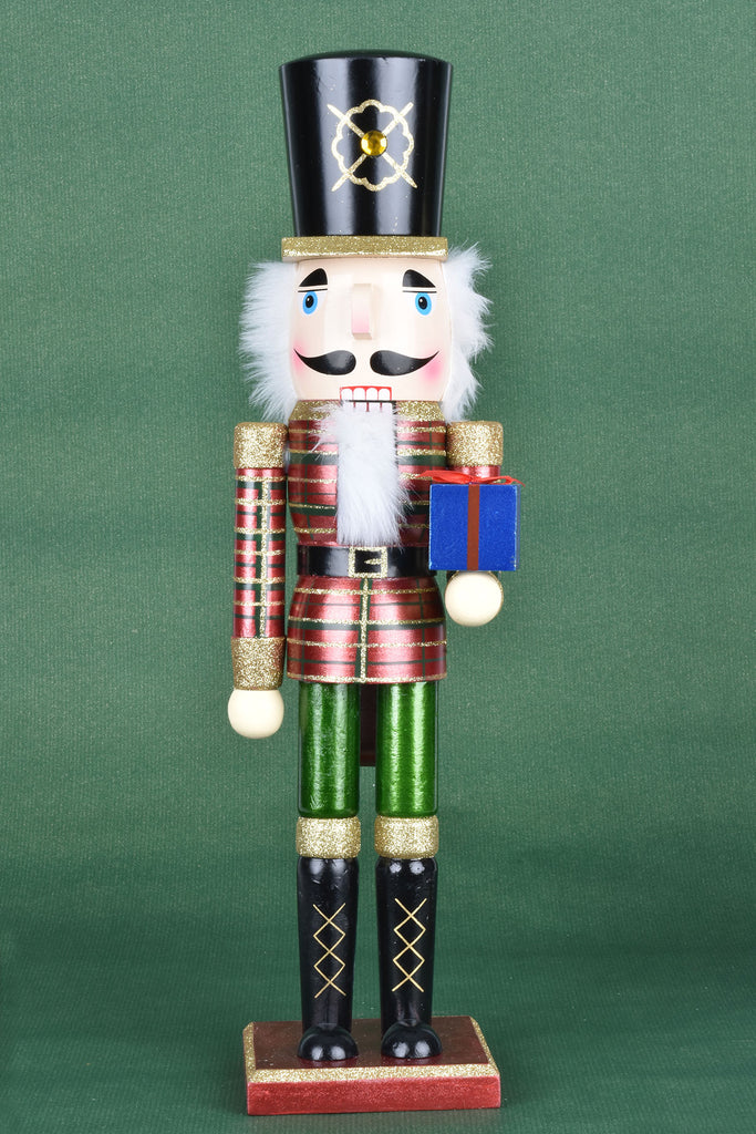 Grand Wooden Nutcrackers