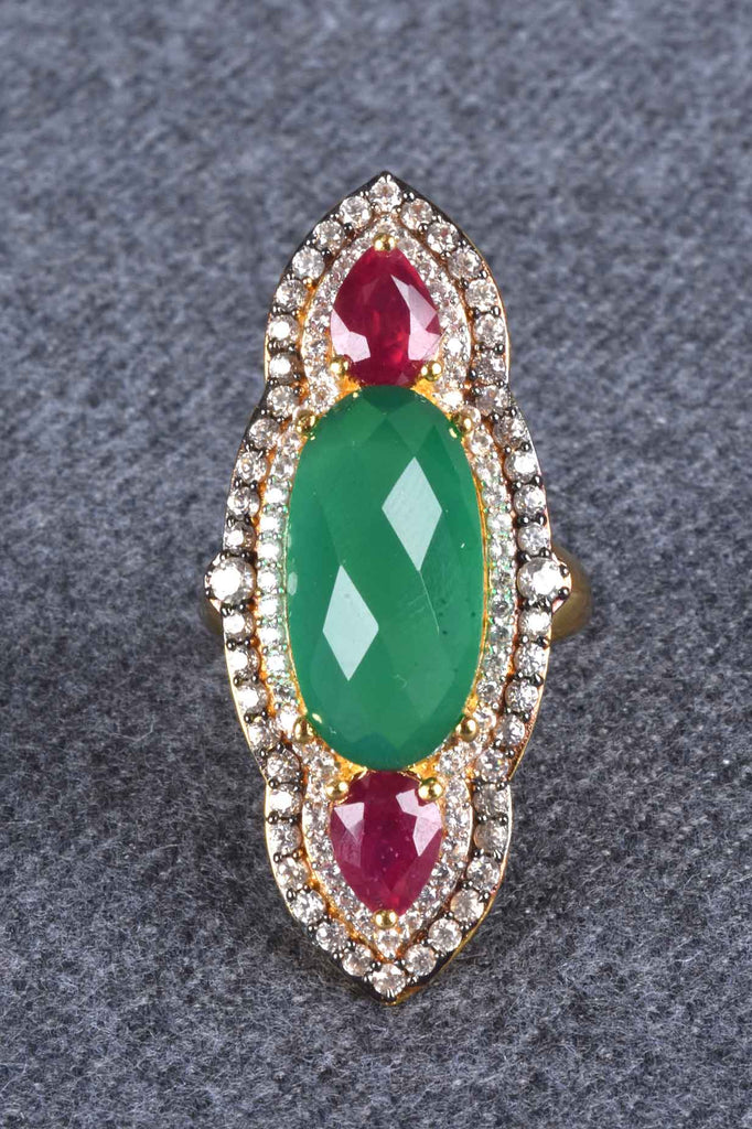 Elongated Green Onyx Doublet Ring
