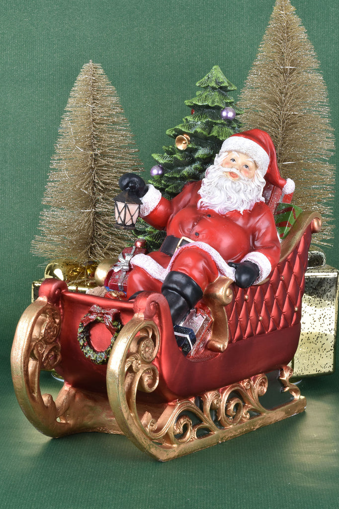 Grand Santa in Sleigh