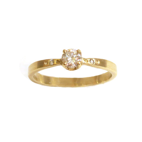 Simple Solitaire with Diamond Accents and Tapered Band