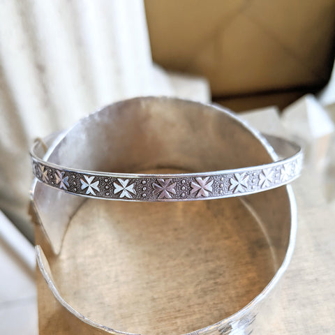 Vintage Silver Irish Clover Bangle