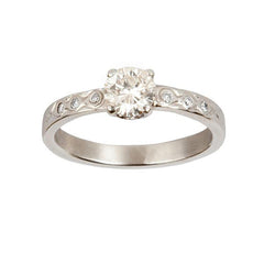 Tying the Knot Diamond Solitaire