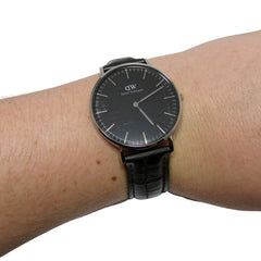 40% Off! Daniel Wellington Watch