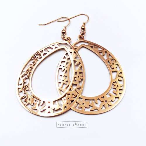 Bohemian detailed hoop earrings