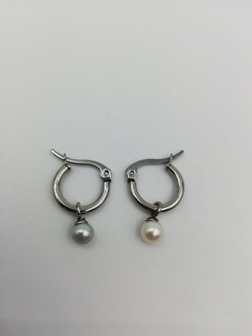 Small Hanging Pearl Earrings