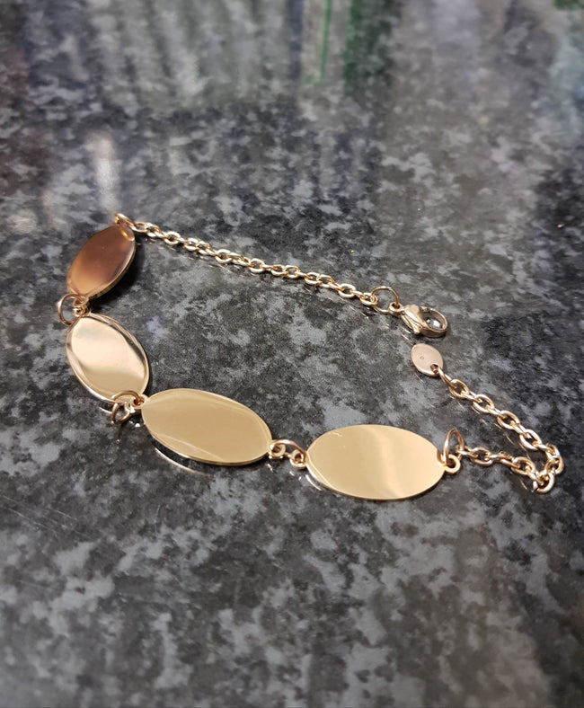 Copy of Oval Disc Bracelet