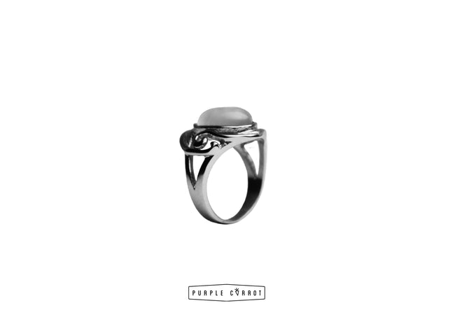 Oval Pearly stone Ring Preorder 15 Dec delivery