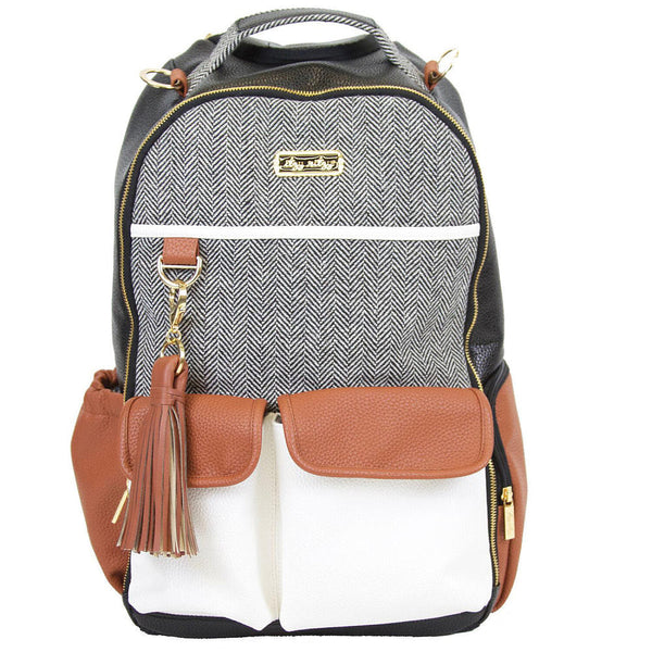 Itzy Ritzy Doss Diaper Backpack in Coffee & Cream