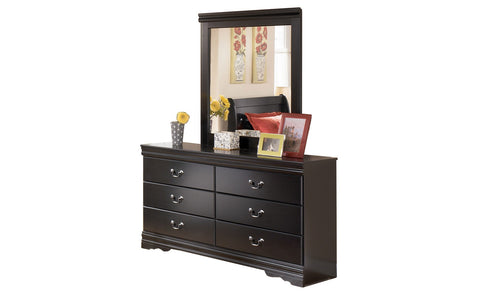 Ashley Furniture Huey Vineyard Dresser With Mirror