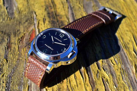 Beaker leather watch strap