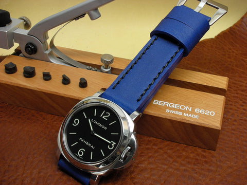 Tahoe custom leather watch strap on Panerai Luminor base sandwich dial
