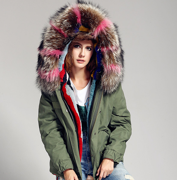 Slay Accessories. Green parka patch fur. Mini parka patchwork fur collar.