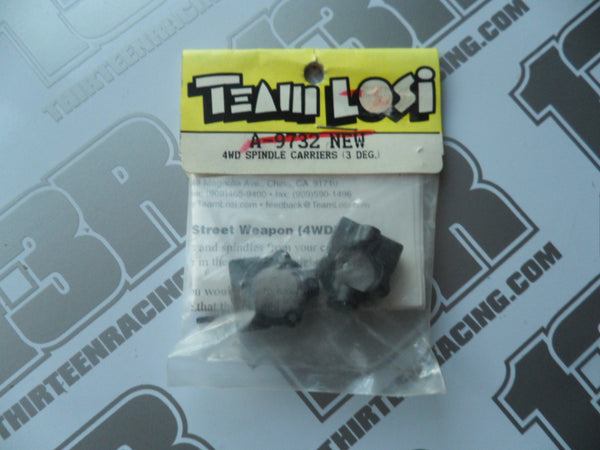 Team Losi Street Weapon 3 Degree Spindle Carriers, A-9732