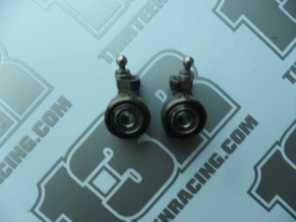 Kyosho RB6 V2 Aluminium 0 Deg Rear Hub Carriers (Pr) - Used