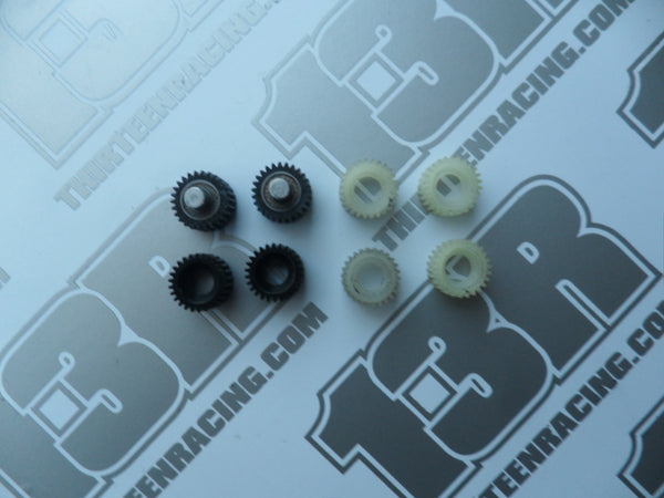 Kyosho RB6 Mixed Lot Of Idler Gears - Used