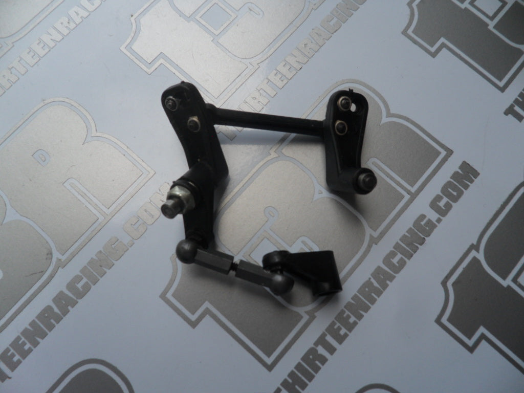 Team Losi XXX Steering Assembly With Bearings  - Used