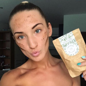 MARK coffee face scrub - s tea tree & jojobovým olejem