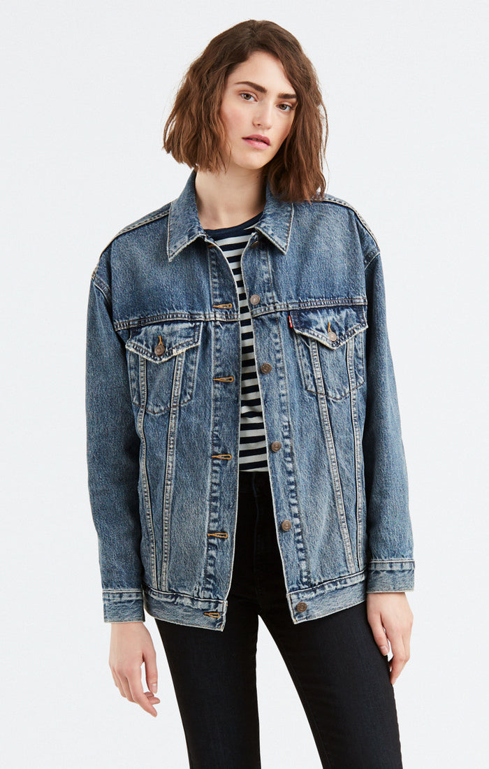 Levi's - Baggy Trucker -  Jean Jacket  - Bust A Move - Gals