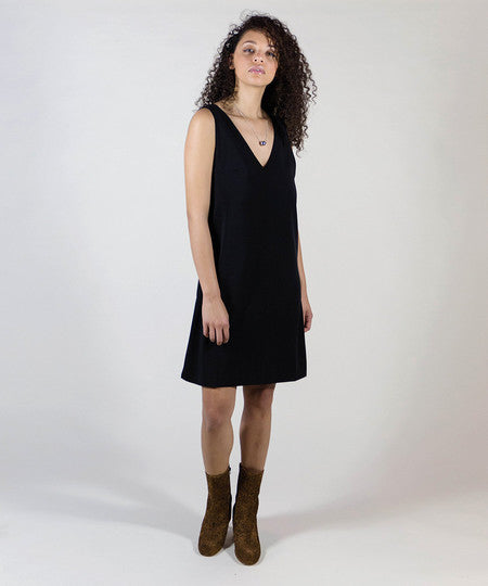 Just Female - Sydney Dress - Black- Gals