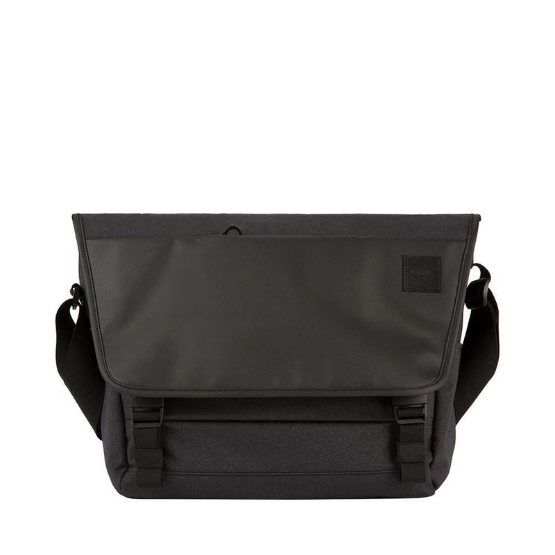 Incase - Compass Messenger Bag