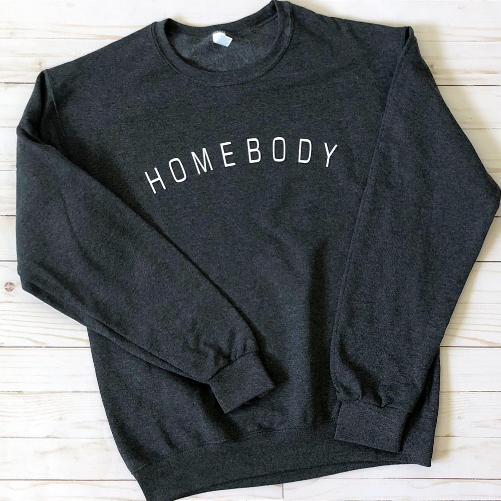 Homebody Graphic Sweatshirt - Mel & Mae