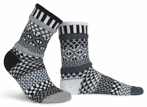 Midnight black and white pattern solmate socks