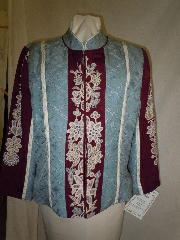 Silk jacket from Vintage Japanese kimono, Size Large, gray and maroon, Asian motifs, F9