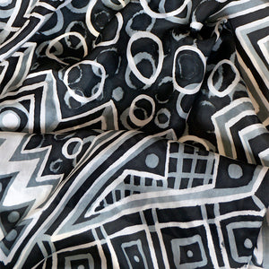 Monotone Geometry scarf - Arati Devasher: Painted Silk Accessories - Scarf - 3