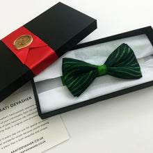 Load image into Gallery viewer, Grunge Green bow tie - Arati Devasher: Painted Silk Accessories - Bow Tie - 4