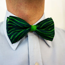 Load image into Gallery viewer, Grunge Green bow tie - Arati Devasher: Painted Silk Accessories - Bow Tie - 1