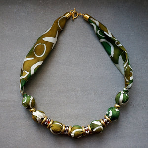 Camouflage necklace - Arati Devasher: Painted Silk Accessories - Necklace - 3
