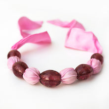 Load image into Gallery viewer, Pink fabric bead necklace