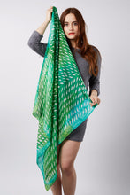 Load image into Gallery viewer, Greenery scarf 90x90