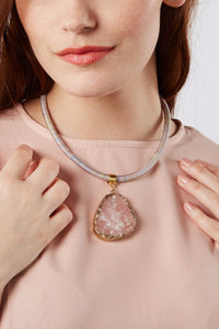 Blush necklace