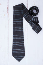 Load image into Gallery viewer, Black striped silk tie 8cm blade